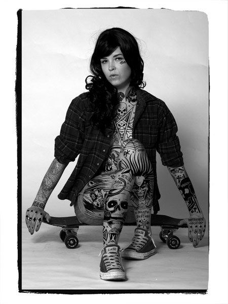 14 lindsey_skater_by Mike Giant on charliestine.net
