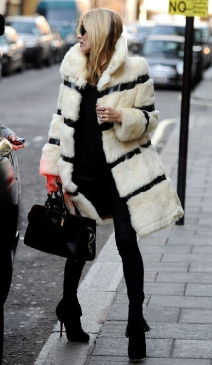 2 Fashion Gallery COATS Streetstyle#Winter 2012 on charliestine.net