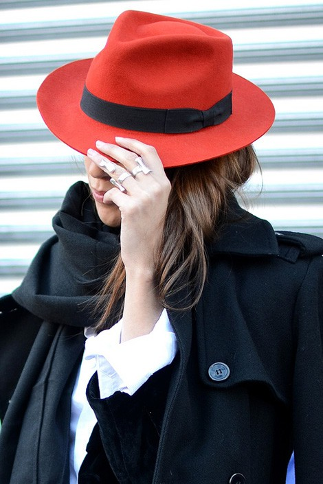 5 Fashion Gallery HATS Streetstyle # Winter 2012 on charliestine.net