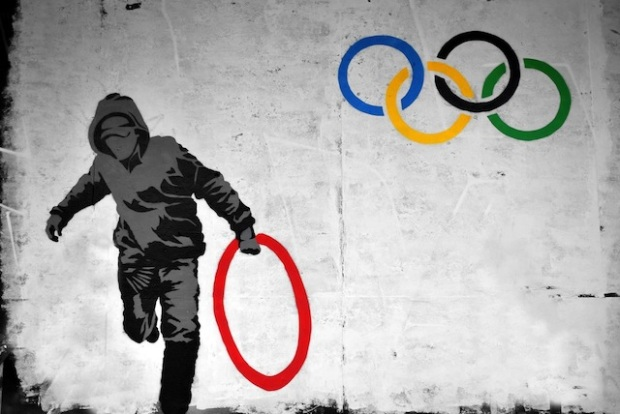 10 Street-Art-vs_-Olympics-2012-in-London-England