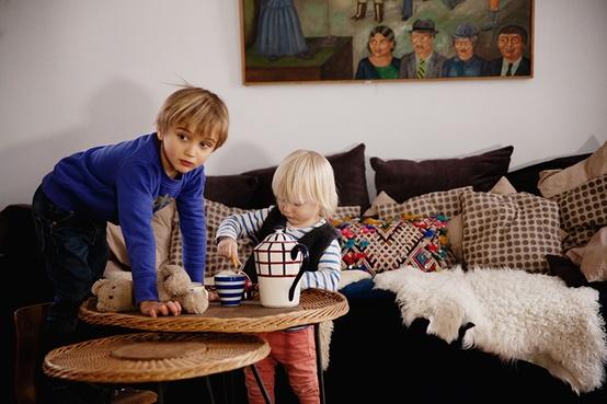 15 The Socialite Family -Chez Mathias et Madeleine Ably on charliestine.net